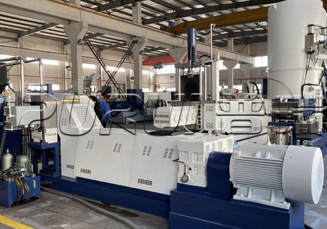 Waste Fabric Recycling Granulator Machine in China